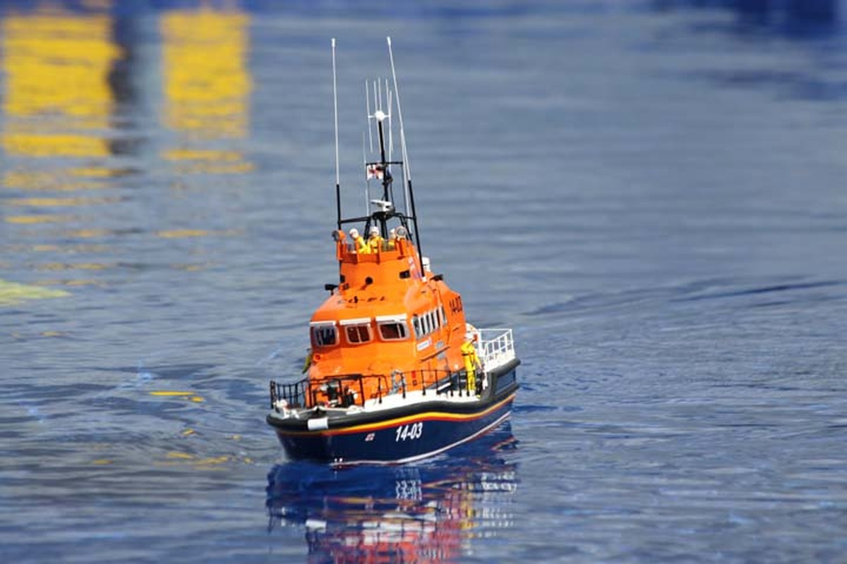 Boat Pool Lifeboat James McDowall.jpg